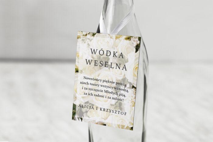 zawieszka-na-alkohol-do-zaproszen-fotograficzne-kwiaty-biale-roze-dodatki-zawieszka-papier-matowy