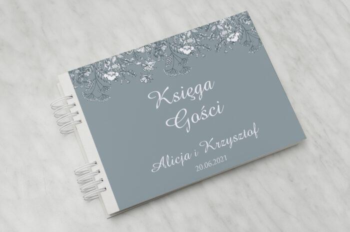 ksiega-gosci-slubnych-duze-inicjaly-kwiatuszki-polne-papier-satynowany-dodatki-ksiega-gosci