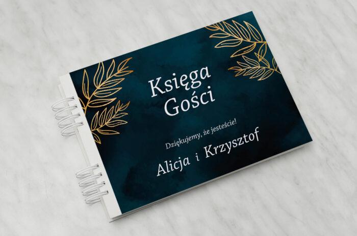 ksiega-gosci-slubnych-kontrastowe-z-kwiatami-pastelowy-bukiet-papier-matowy-dodatki-ksiega-gosci