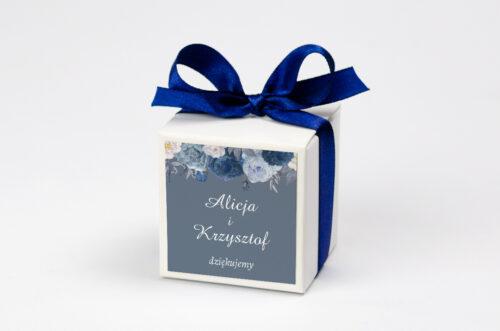 Pudełeczko z personalizacją na krówki do zaproszenia - Duże Inicjały - Niebieskie Róże