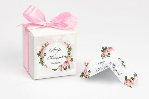 Ozdobne pudełeczko na krówki z personalizacją - Geometryczne ze zdjęciem - Różowe Różyczki