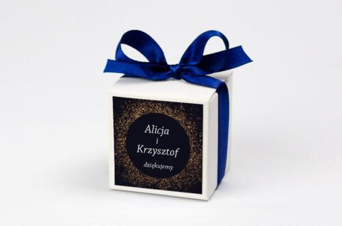 Ozdobne pudełeczko na krówki z personalizacją - Kontrastowe z nawami - Złoty Brokat