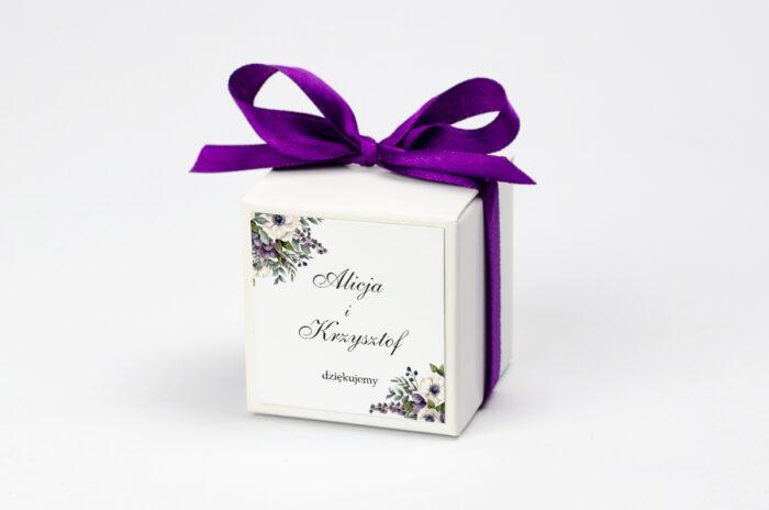 Ozdobne pudełeczko na krówki z personalizacją - Kwiatowe Gałązki - Biało-Fioletowe Anemony