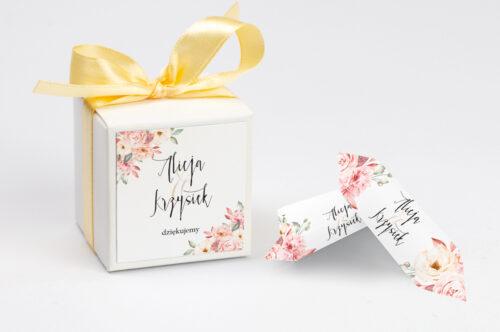 Pudełeczko na krówki z personalizacją do zaproszenia Akwarelowe Bukiety – Ogrodowe róże na jasnym tle