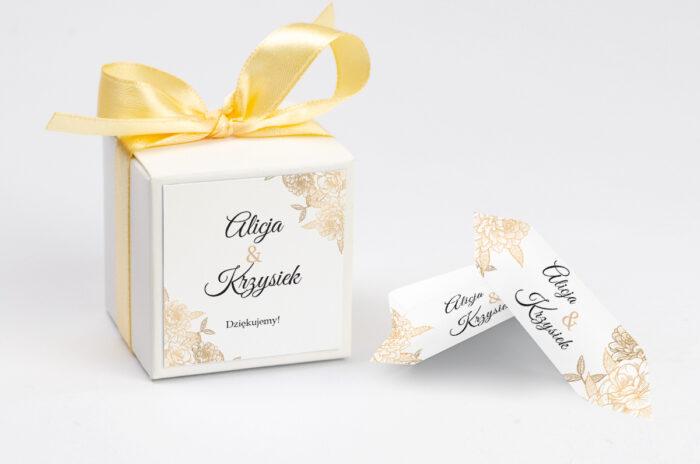 Ozdobne pudełeczko na krówki z personalizacją - Z parą młodą - Wtuleni
