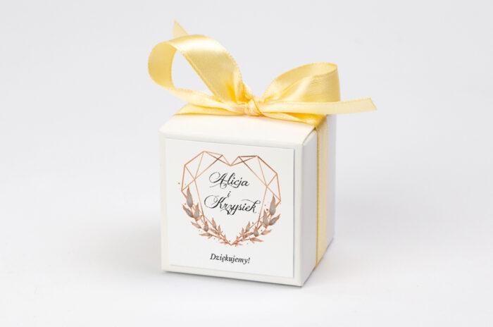 pudeleczko-z-personalizacja-do-zaproszenia-geometryczne-ze-zdjeciem-serce-kokardka--krowki-bez-krowek-papier--pudelko-
