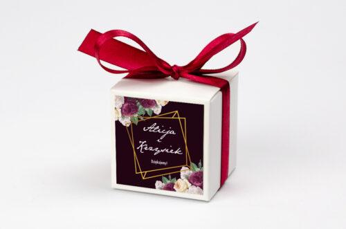 Pudełeczko z personalizacją na krówki do zaproszenia - Kontrastowe z kwiatami - Kolorowe róże