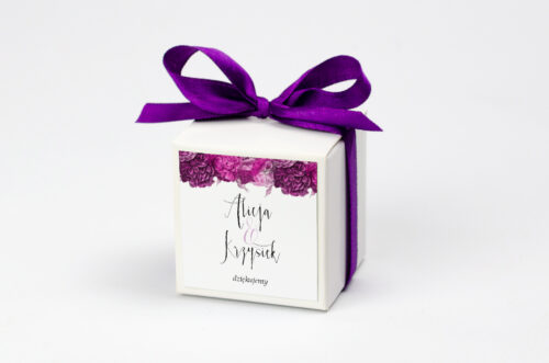 Ozdobne pudełeczko na krówki z personalizacją Kwiaty&Srebro - Fuksjowe piwonie