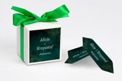 Ozdobne pudełeczko na krówki z personalizacją - Kontrastowe z nawami - Złote Różyczki