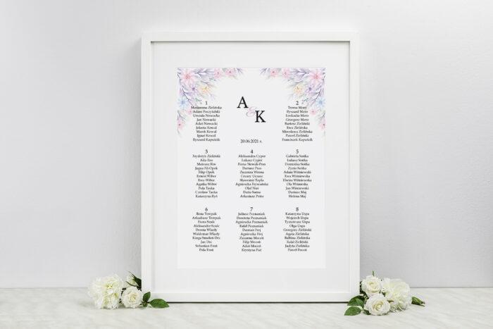 plan-stolow-weselnych-do-zaproszen-z-para-mloda-w-objeciach-dodatki-ramka-papier-matowy