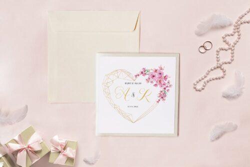 Zaproszenie ślubne - Kwadratowy zestaw - Geometryczne serce z kwiatami wiśni