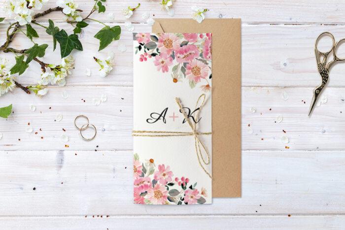 zaproszenie-slubne-ze-sznurkiem-wiosenne-kwiatuszki-papier--koperta-bez-koperty-dodatki-