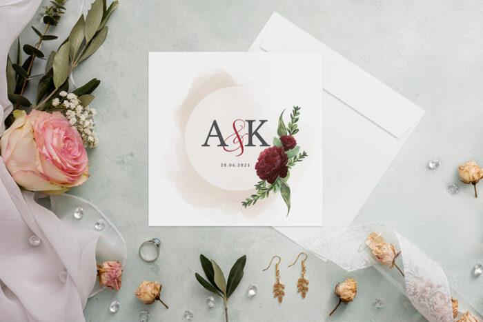 kwiatowe-zaproszenie-slubne-z-bordowym-akcentem-papier-matowy-koperta-bez-koperty