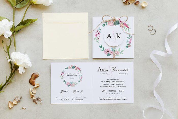 zaproszenie ślubne z kółeczkiem na sznurki jutowym we wzorze różowego wianuszka