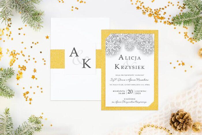 eleganckie-zaproszenie-slubne-zimowe-biale-sniezynki-papier-matowy-podkladki--koperta-bez-koperty-szarfa-brokatowa-