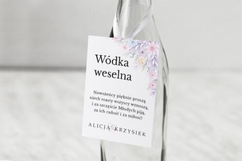 Zawieszka na alkohol do zaproszenia Z parą młodą - W objęciach