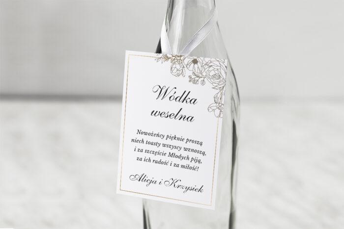 zawieszka-na-alkohol-do-zaproszenia-geometryczne-ze-zdjeciem-biala-kompozycja-dodatki-zawieszka-papier-matowy