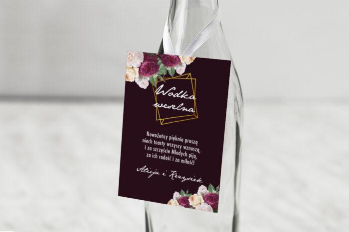 zawieszka-na-alkohol-do-zaproszenia-kontrastowe-z-kwiatami-kolorowe-roze-dodatki-zawieszka-papier-matowy