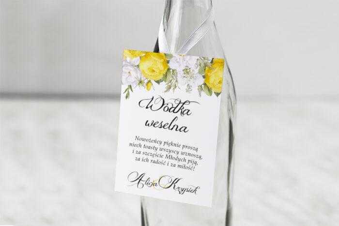 zawieszka-na-alkohol-kwiatyzloto-zolte-roze-dodatki-zawieszka-papier-satynowany