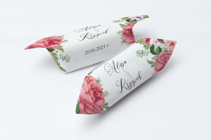 krowki-slubne-1-kg-ze-zlota-podkladka-koralowe-roze-papier-papier60g
