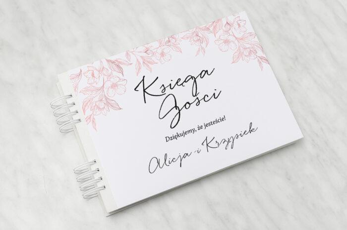 ksiega-gosci-slubnych-z-nawami-delikatne-kwiaty-pudrowe-papier-matowy-dodatki-ksiega-gosci