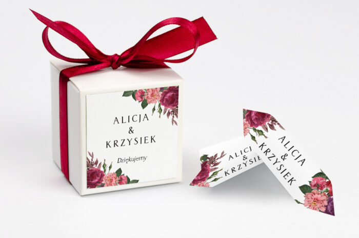 ozdobne-pudeleczko-z-personalizacja-boho-czerwoneeco-bordowe-kwiaty-kokardka--krowki-z-dwiema-krowkami-papier--pudelko-