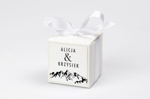 Ozdobne pudełeczko na krówki z personalizacją BOHO Czerwone&Eco – Góry