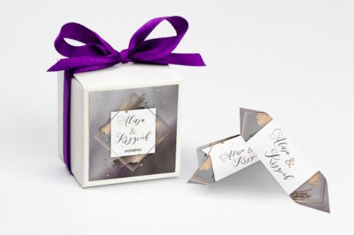 Pudełeczko z personalizacją do zaproszenia Geometryczne Nowoczesne – Róż & Złoto - Ciemne