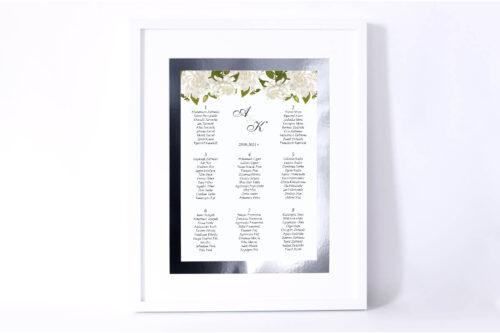 Plan stołów weselnych do zaproszenia ze srebrną podkładką - Białe róże