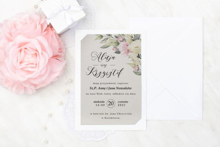 zaproszenie ślubne we wzorze pastelowych kwiatów