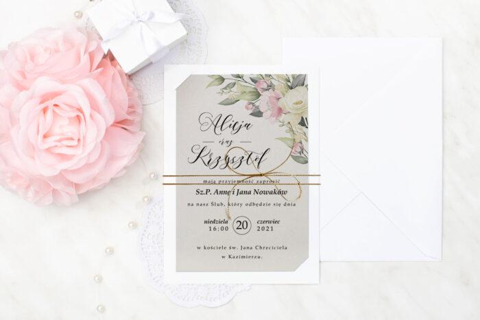 zaproszenie ślubne z metalizowanym sznureczkiem we wzorze pastelowych kwiatów