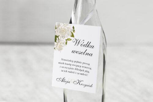 Zawieszka na alkohol do zaproszenia ze srebrną podkładką - Białe róże