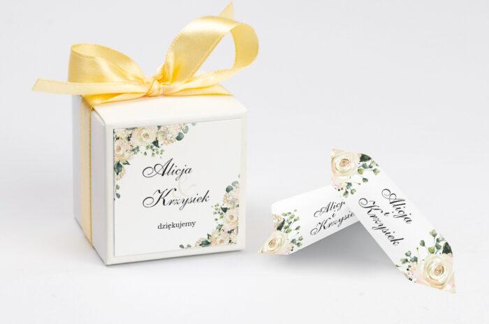 personalizowane pudełeczko na krówki w białe hortensje
