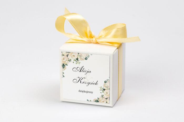 personalizowane pudełeczko na krówki - białe hortensje