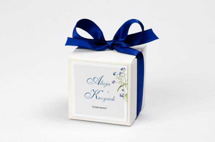 pudeleczko-z-personalizacja-minimalistyczne-z-kwiatem-niezapominajka-kokardka--krowki-bez-krowek-papier--pudelko-