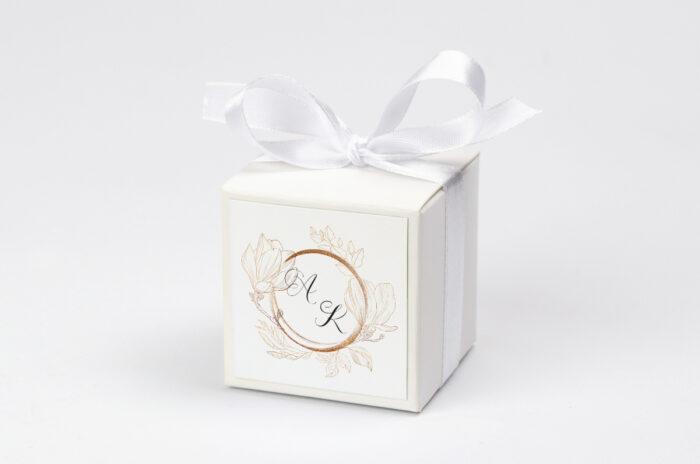 pudeleczko-z-personalizacja-do-zaproszenia-z-szyfonowa-wstazka-magnolia-kokardka--krowki-bez-krowek-papier--pudelko-