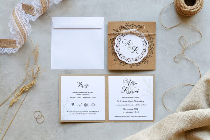 rustykalne zaproszenie ślubne eco z koronkowym kółeczkiem wianuszek