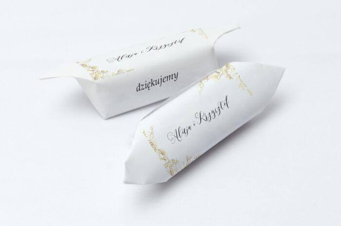 krowki-slubne-1-kg-do-kwiecista-ramka-roze-papier-papier60g
