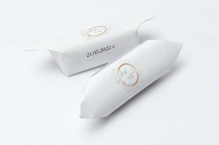 krowki-slubne-1-kg-do-zaproszenia-minimalistyczne-magnolia-papier-papier60g