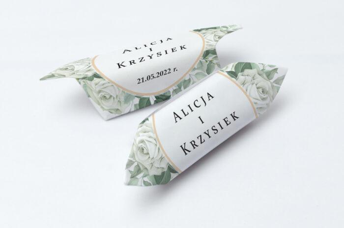 krowki-slubne-kwiatowe-galazki-pionowe-ze-wstazka-biale-roze-papier-papier60g