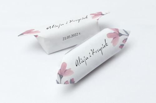 Krówki ślubne 1 kg Bukiet ze wstążką - Delikatnie różowy