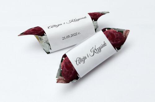 Krówki ślubne 1 kg do zaproszenia ślubnego Boho Eleganckie – Czerwono biały bukiet