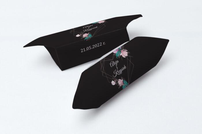 krowki-slubne-1-kg-geometryczne-serce-rozowe-kwiaty-ciemne-papier-papier60g