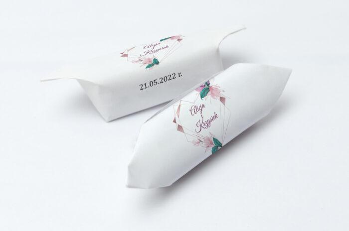 krowki-slubne-1-kg-geometryczne-serce-rozowe-kwiaty-papier-papier60g