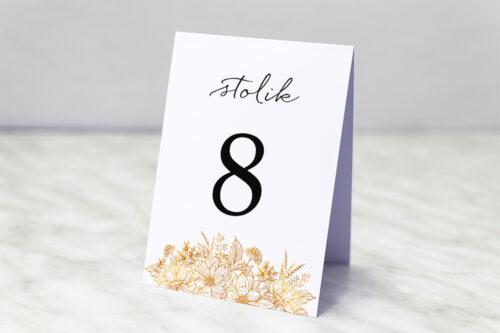 Numer stolika pasujący do zaproszenia jednokartkowe z Kwiatami - Złote kwiaty
