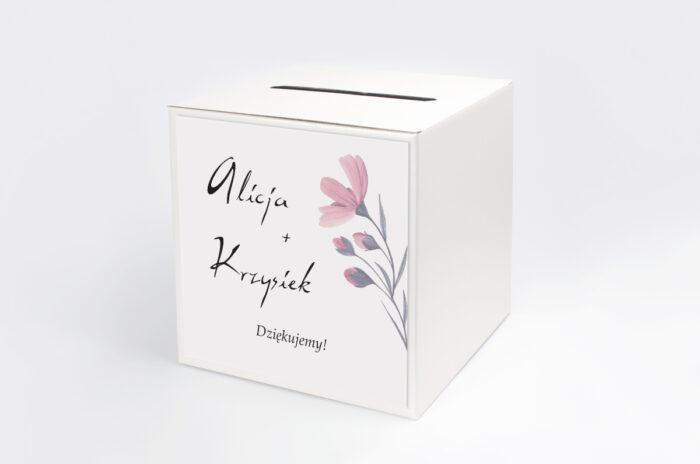personalizowane-pudelko-na-koperty-bukiet-ze-wstazka-delikatnie-rozowy-papier-satynowany-pudelko-