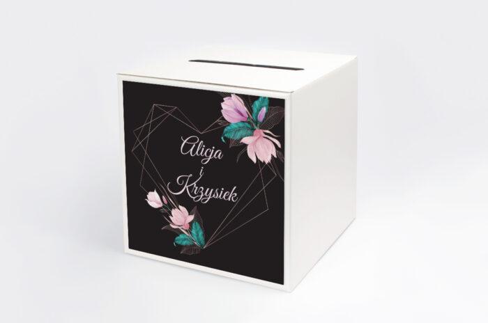 personalizowane-pudelko-na-koperty-geometryczne-serce-rozowe-kwiaty-ciemne-papier-satynowany-pudelko-