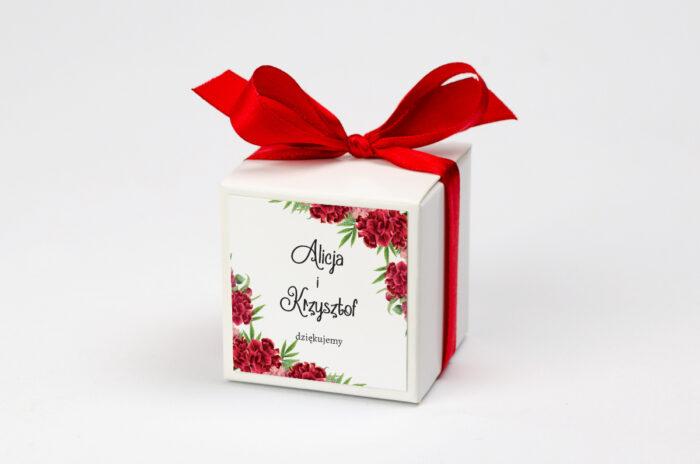 pudeleczko-z-personalizacja-ze-zdjeciem-i-sznurkiem-czerwone-gozdziki-kokardka--krowki-bez-krowek-papier--pudelko-
