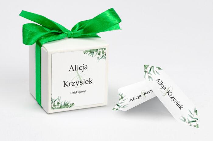 ozdobne-pudeleczko-z-personalizacja-do-zaproszenia-ze-sznurkiem-eukaliptus-kokardka--krowki-z-dwiema-krowkami-papier--pudelko-