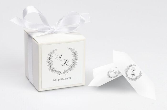pudełko na krówki do zaproszenia minimalistyczne laur